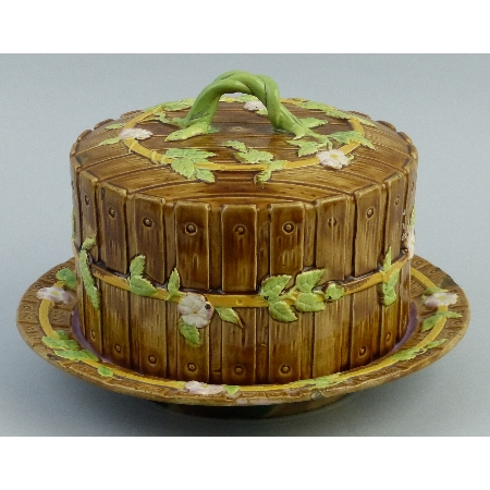 A late 19th Century George Jones Majolica cheese dish and cover